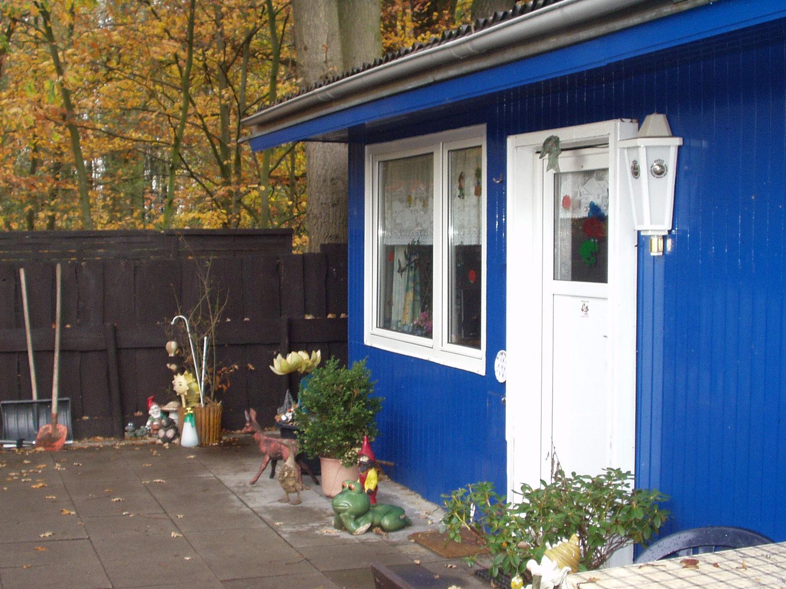 mobilheim wochenendhaus zu verkaufen mobilheim. Black Bedroom Furniture Sets. Home Design Ideas