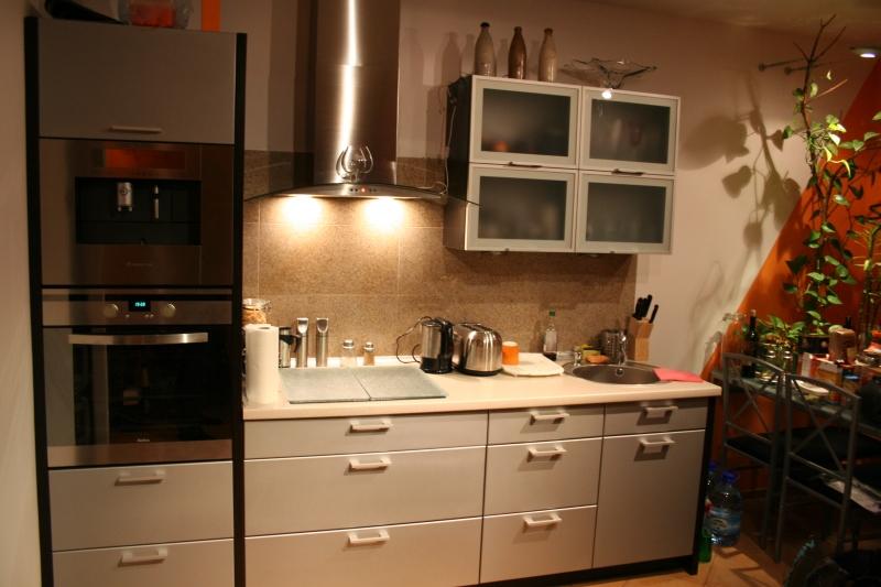 m bel und haushalt k chenm bel schr nke kleinanzeigen. Black Bedroom Furniture Sets. Home Design Ideas