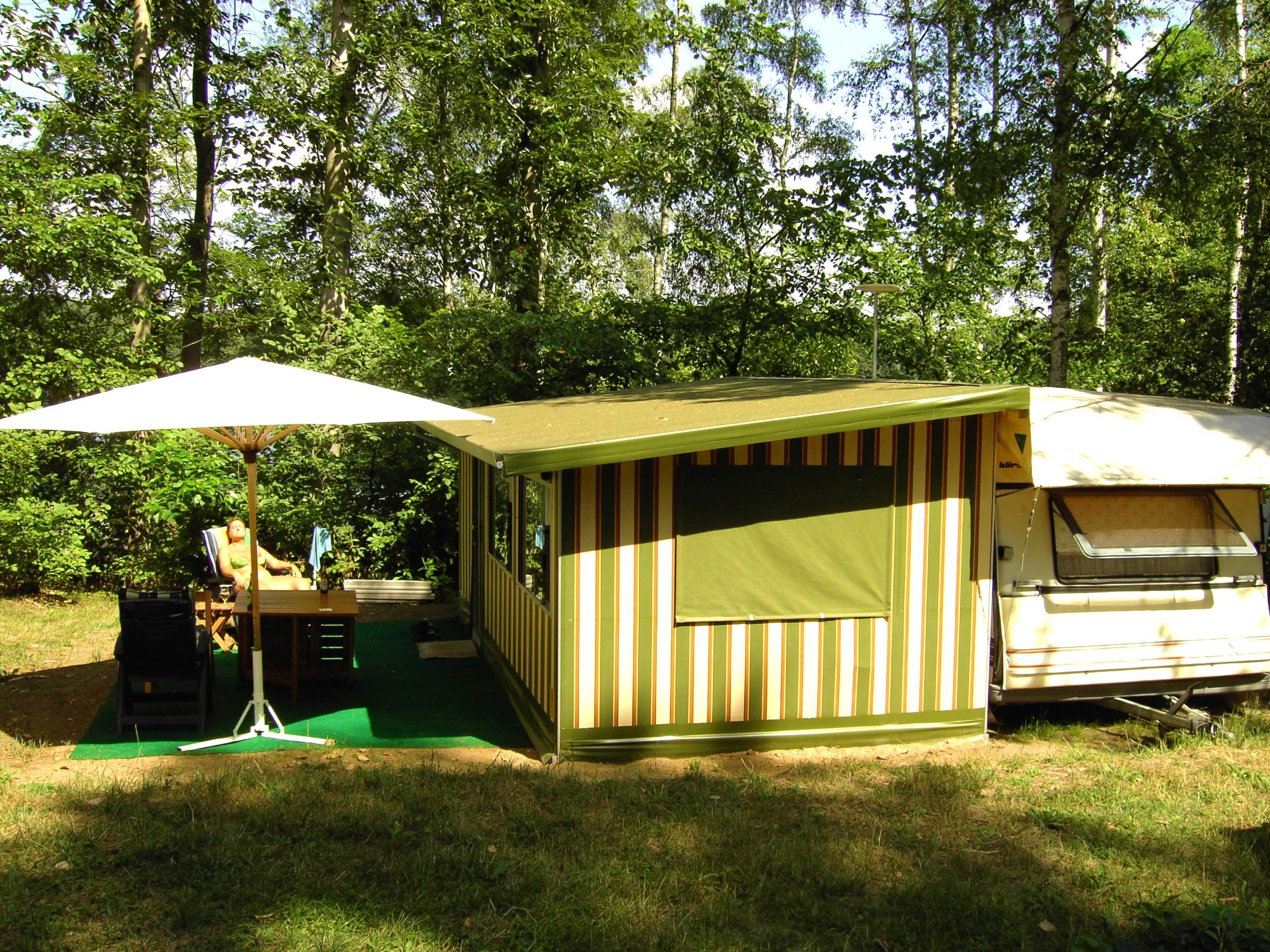 camping stellplatz kleinanzeigen. Black Bedroom Furniture Sets. Home Design Ideas
