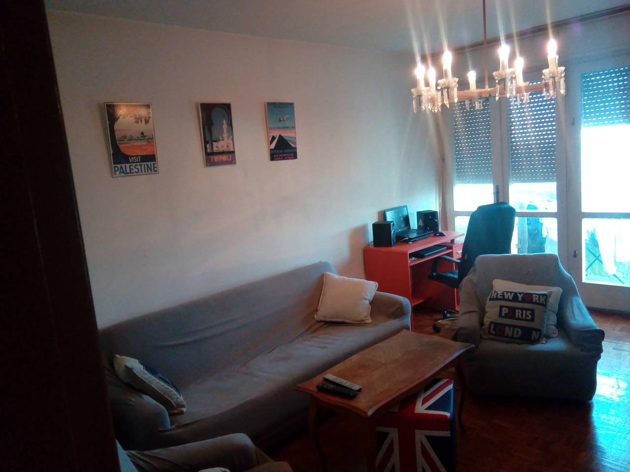 immobilien eigentumswohnung ein und zwei zimmer kleinanzeigen. Black Bedroom Furniture Sets. Home Design Ideas