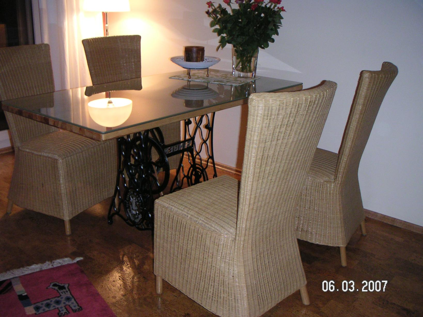 Sehr Schöner Esstisch Korbstühle Möbel Haushalt Speisezimmer Eßecke